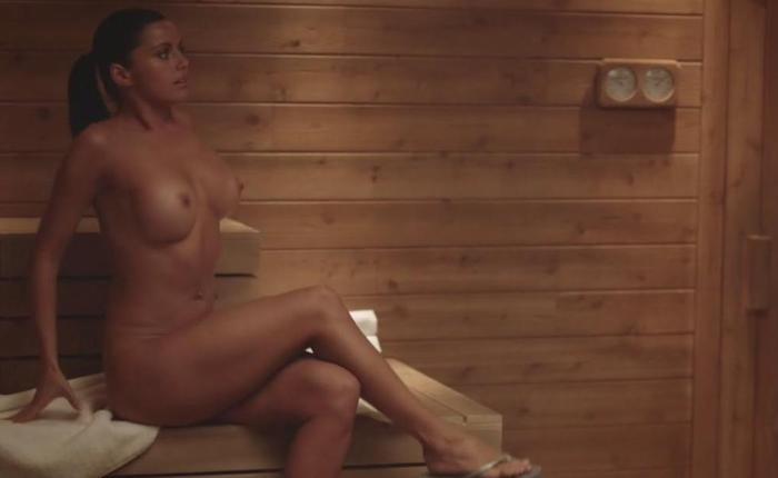 Vera nova topless ae6dc85b featured