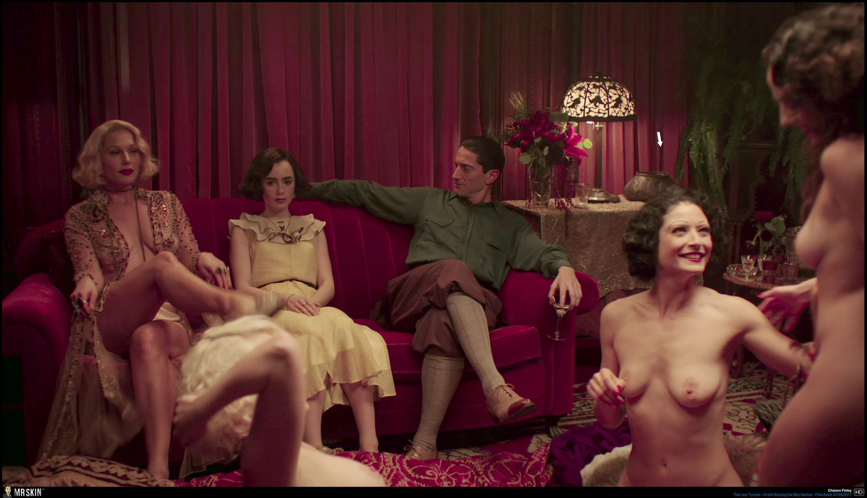 Nudes of girls season 2 shiri appleby lena dunham and co