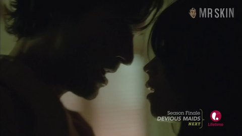 Witchesofeastend s02e02 lawson hd 01 large 3