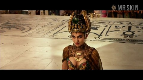 Godsofegypt eaton yung booth hd 01 large 1